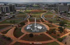 Confira as melhores fontes pelo mundo - Fonte dos Eixos Monumentais, Brasília, Brasil
