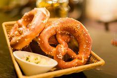 Oktoberfest in Frankfurt - Sheraton Frankfurt Airporthotel - Taverne - Bayrische Köstlichkeiten, bayrischer Biergarten in einem Hotel am Flughafen - Restaurantbewertung