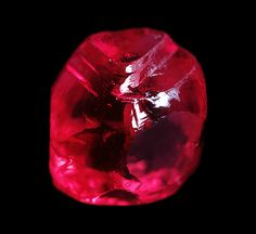 Ruby Crystal of 4.78 cts reportedly from Lin Yaung Gyi mine near Mogok (Burma)