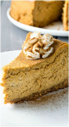 Pumpkin Cheesecake - Classic cheesecake infused with creamy #pumpkin, plus a double dose of pumpkin spice - it's baked both in the cake and the crust!