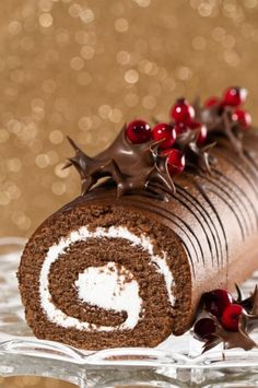 Buche de Noel - a French tradition. Our as I like to call it , a chocolate log.my dessert when everyone else in my family ate Christmas cake or plum pudding Christmas Chocolate, Christmas Sweets, Christmas Cooking, Christmas Log, Xmas, Southern Christmas, French Christmas, Christmas Cakes, Elegant Christmas
