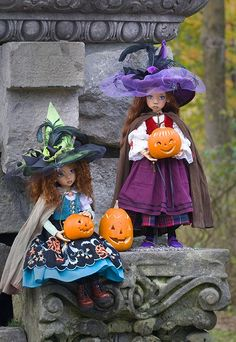 Zone of Zen: Two Little Witches by Martha of Antique Lilac