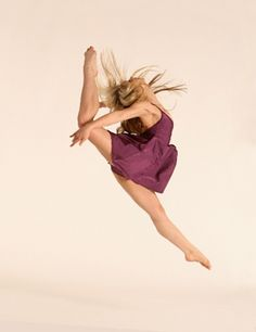 contemporary dance <3 my. favorite. ever.... Found this pic on Pinterest... I know this girl! Ha ha