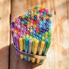 STABILO Pen 68 - Estuche con 15 rotuladores, varios colores
