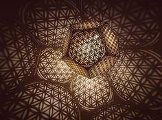 Landing .... #geometry #dodecahedron #shadowart #floweroflife #hybycozo #cozo #sacredg #sacredgeometry #ufo #burningman #furtherfuture