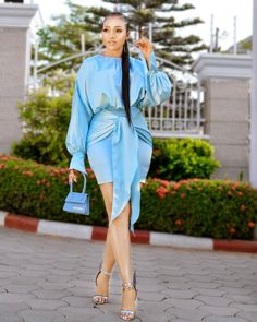 Classy Work Outfits, Classy Dress, Chic Outfits, Fashion Outfits, Elegant Outfit, Elegant Dresses, Short Gowns, Latest African Fashion Dresses, Skirt Fashion