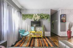 10 tapetes incríveis para salas de estar.  https://www.homify.com.br/livros_de_ideias/99022/10-tapetes-incriveis-para-salas-de-estar