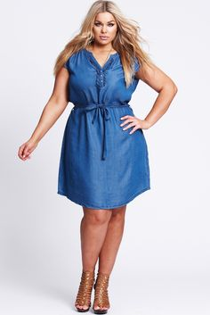 Basic Chambray Frill Placket Dress - The 17 Sundays Basic Frill Placket Dress in faded chambray is a cool little summer piece.  An easy wearing dress with shoulder tabs and front placket detail.   Cotton Tencel fabrication for a soft, comfortable hand feel. Frill placket and pin tuck seam detail at the neck line with pearl snap button sand a self tie belt to cinch in the waist.  Wear it with wedges, flip flops or runners, it's a fabulous summer dress in our favourite chambray ...