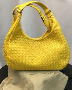 Yellow Fabric, Color Yellow, Yellow Leather, Soft Leather, Trendy Handbags, Designer Shoulder Bags, Best Bags, Outfit Summer, Leather Design