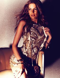 Spotlight – Cameron Russell gets glam in sparkling looks for the July issue of Vogue Germany. In front of Michelangelo di Battista's lens… Michelangelo, Cameron Russell, Fashion Beauty, Womens Fashion, Fashion Fashion, Vogue Magazine, Editorial Fashion, Fashion Shoot, Cool Girl