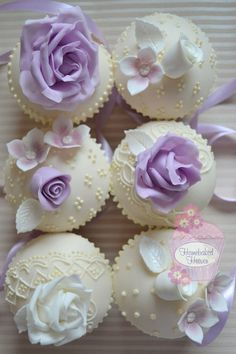 <3 Lilac Roses