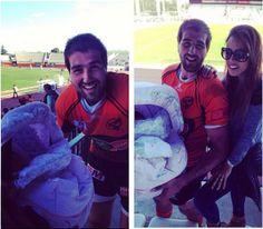 """Filha de Carolina Patrocínio assiste ao primeiro jogo do pai: """"A princesa foi ver o pai ganhar @uvagoncalo Primeira vez num jogo de rugby"""" #carolinapatrocinio #uva #filha"""