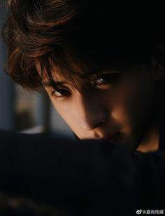 Cute Boys Images, Aesthetic Boy, Beautiful Boys, Actors & Actresses, Kdrama, Crushes, Idol, Wallpaper, Artist