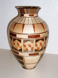Great Wood Projects For Kids – WoodworkeRealm Segmented Turning, Wood Turning Lathe, Wood Projects For Kids, Wood Turning Projects, Wood Vase, Wood Bowls, Lathe Projects, Woodworking Projects Diy, Pottery Designs