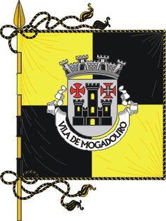 Bandeira de Vila de Mogadouro