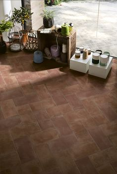Find your collection by nameCotti D'ItaliaMarazzi - Choose the terracotta effect tiles of the Cotti d'Italia for a traditional style. In hexagonal format. details on Marazzi. Garden Design, House Design, Mix Style, Windows And Doors, Terracotta, Tile Floor, Tiles, Flooring, Interior Design