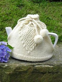 Tea Cosy with a teardrop design motive, true bobble tie strings  Perfect for Gift Giving  Color choices: Cream, Yellow