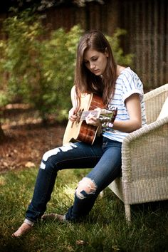 Don't be afraid to use props. They add a lot of personality to a photo! Senior Photos Girls, Senior Girls, Senior Pictures, Girl Photos, Picture Ideas, Photo Ideas, Jazz, Guitar Girl, Portrait Ideas