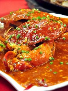Singapore Street Food- Chili Crab Recipe asian-food asian-food foodstuff-i-love Crab Recipes, Asian Recipes, Ethnic Recipes, Recipies, Singapore Food, Malaysian Food, Asian Cooking, Seafood Dishes, Fish Dishes