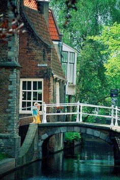 Canal, Delft, Países Bajos