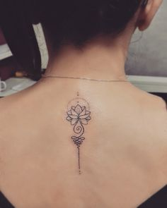Lotus Unlome girlstattoo