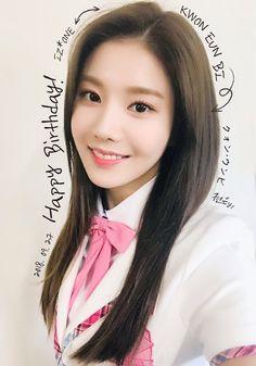 Happy Birthday EunBi!!! This September 27th IZ*ONE's EunBi (Kwon Eun Bi) is celebrating her 24th Birthday! (Int. 23th) Kpop Girl Groups, Kpop Girls, Yuri, Wish You Luck, Icon Gif, Sakura Miyawaki, Japanese Girl Group, Happy B Day, Kim Min