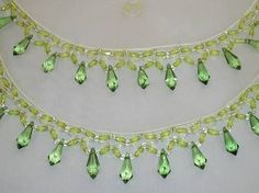 Resultado de imagem para cobre jarra passo a passo Bead Crafts, Arts And Crafts, Point Lace, Gold Embroidery, Beaded Jewelry Patterns, Beaded Bags, Beaded Trim, Jewelry Making Beads, Diy Jewelry