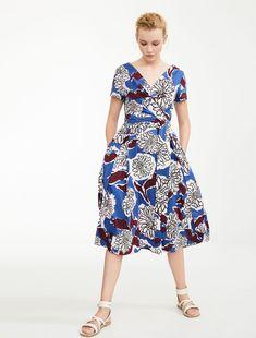 cfd93dff49 Długa sukienka z czystej bawełny z krótkimi rękawami i dekoltem w kształcie  litery V