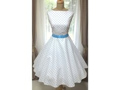 205 nejlepších obrázků z nástěnky Retro šaty a sukně  55ce4d5273