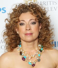 The Best Hairstyles for Naturally Curly Hair: Alex Kingston's Shoulder-length Hairstyle