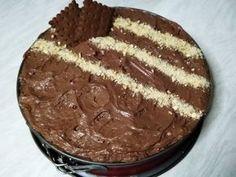 Τούρτα σοκολάτα με κρέμα μιλφέιγ και μπισκότα! φωτογραφία βήματος 5 Party Desserts, Love Is Sweet, Afternoon Tea, Food Styling, Tiramisu, Recipies, Sweet Home, Sweets, Candy