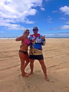Thumbs up if you love Fraser. Thanks to Emily P for this shot from tour.  Cool Dingo guided 2 and 3-day tours of Fraser Island #cooldingo #fraserisland #queensland #australia