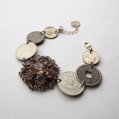 STUDIO NOLDS Sieraden - custom made Custom Made, Handmade Jewelry, Studio, Handmade Jewellery, Jewellery Making, Studios, Diy Jewelry, Craft Jewelry, Handcrafted Jewelry