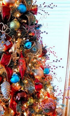 1000 images about red blue christmas tree 39 s on for Blue gold and white christmas tree