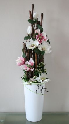 Pin for Easter - Pin for Easter Informations About Pin na wielkanoc Pin You can easily use my profi - Large Flower Arrangements, Flower Vases, Flower Pots, Ikebana, Silk Flowers, Dried Flowers, Flower Decorations, Christmas Decorations, Christmas Trends