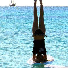 @RachelBrathen. Paddleboard yoga in Aruba