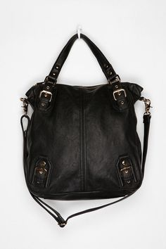 Deena & Ozzy Traditional tote bag.It has great reviews, just ordered mine they have tons of colors!Seriously the perfect purse.