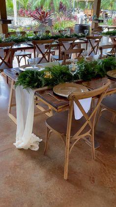 Farm Table Wedding, Wedding Reception Chairs, Bohemian Wedding Reception, Bohemian Wedding Decorations, Small Intimate Wedding, Dream Wedding, Sammy, Bridal Bouquet Fall, Wedding Furniture