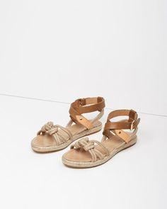 4bc38531b6b5 151 Best Women s Sandals images