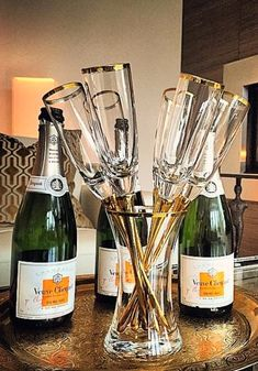 Toast tastefully with our Salud Toasting Flutes, now off with promo code through Photo via Bandeja Bar, Beer Cellar, Champagne, Best Party Food, Woman Wine, Toasting Flutes, Stemless Wine Glasses, Holiday Wishes, Wine Making