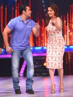 Salman Khan & Madhuri Dixit dancing on 'Jhalak Dikhhla Jaa'. #Bollywood #Style #Fashion