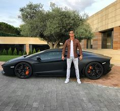 Check out c.ronaldo with his toy as he greet the world Good morning .