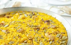 Valencian Paella Paella Valenciana, Pasta, Rice Dishes, Macaroni And Cheese, Ethnic Recipes, Food, Drinks, Gastronomia, Cooking Recipes