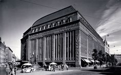 """In architect brothers Valter and Ivar Thomé won the open architectural competition for the Stockmann department store with their proposal """"S. Helsinki, Finnish Civil War, History Of Finland, Nordic Art, English Village, Brick Building, The Old Days, Historical Pictures, Photo Archive"""