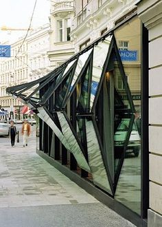 The glass facade of Fabios restaurant in Vienna, a very unsual design