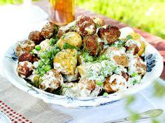 Unser beliebtes Rezept für Köttbullar-Kartoffelsalat und mehr als 55.000 weitere kostenlose Rezepte auf LECKER.de.