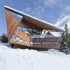 Amazing Snow Country House by Patkau Architects, Canada
