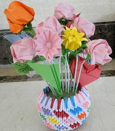 3D Origami - Vase with Flowers