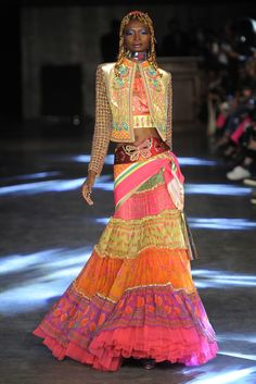 Manish Arora Ready to Wear Spring 2016 | WWD