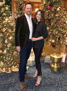 Fashion Friday: A Holiday Date Night with Banana Republic Holiday Dates, Elements Of Style, Black Pants, Banana Republic, Fashion Dresses, Dress Up, Dating, Style Blog, Guys